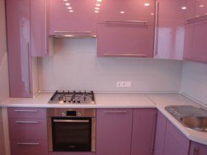 Кухня акрил розовая